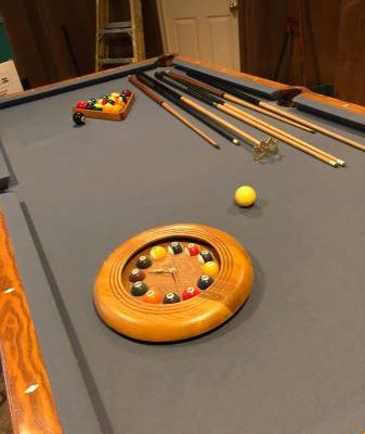 8' Brunswick Bradford Oak Finish Pool Table