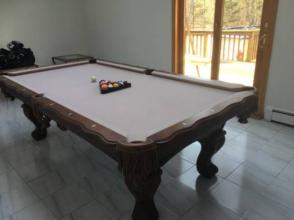 Solo 174 Long Island Beringer Pool Table 33