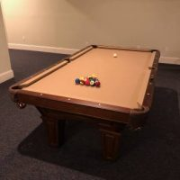 Brunswick Pool Table w/ Lot's of Extra's, Exellent Condition