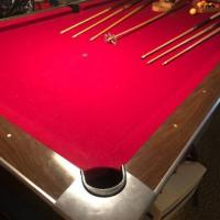 Brunswick Pool Table With All Acessories